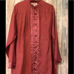 NWOT Light Mandarin Collar Embroidered Tunic